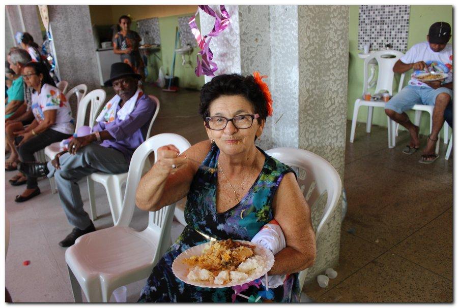 Prefeitura de Inhuma realiza carnaval dos Idosos - Imagem 38