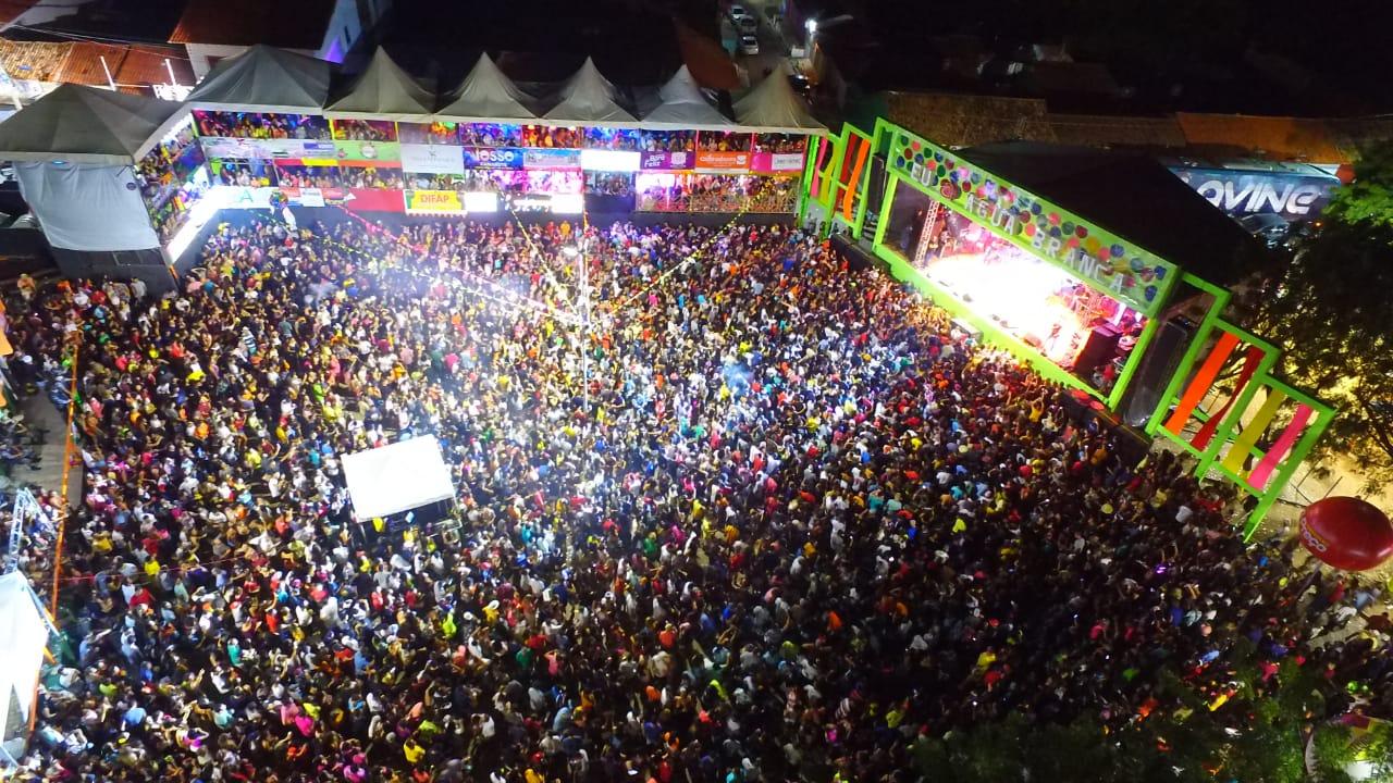 Quarta noite do Carnaval de Água Branca reuni mais de 10 mil pessoas - Imagem 2