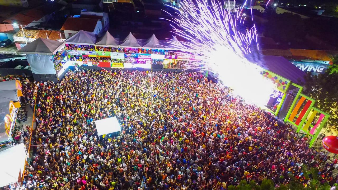 Quarta noite do Carnaval de Água Branca reuni mais de 10 mil pessoas - Imagem 3
