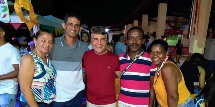 Sucesso total mais um Carnaval de Monsenhor Gil. Prefeito João Luiz comemora