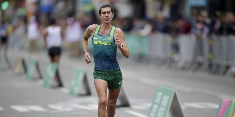 Brasileiro Caio Bonfim é campeão sul-americano de marcha atlética