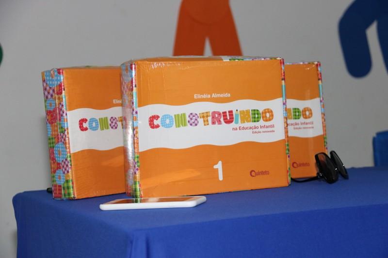 Alunos da educação infantil de Água Branca recebem novos livros - Imagem 2