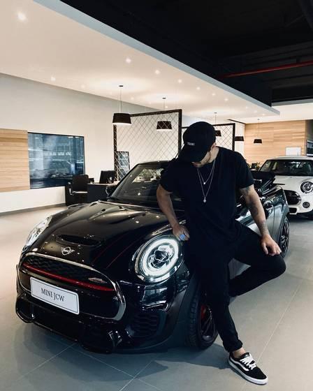 Caio Castro tem R$ 3,4 milhões em carros na garagem, diz jornal - Imagem 2