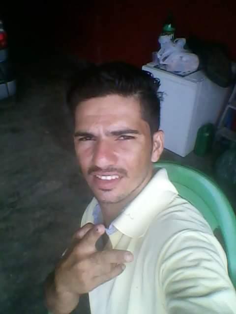 Cantor morre em acidente após perder controle de moto no Piauí  - Imagem 3