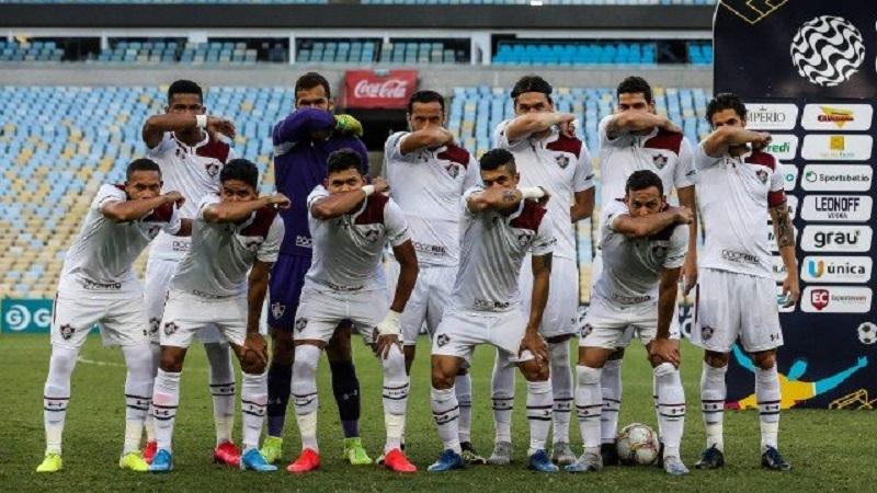 Protesto de jogadores do Fluminense.Foto: Lucas Meçon