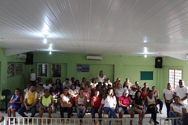 Mulheres participam de palestra sobre prevenção do câncer do colo do útero  - Imagem 16