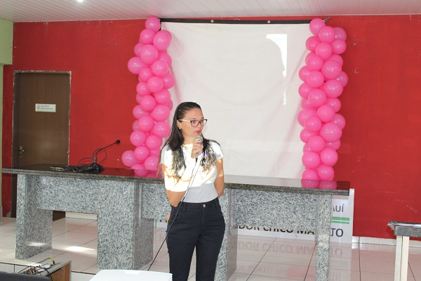 Mulheres participam de palestra sobre prevenção do câncer do colo do útero  - Imagem 8