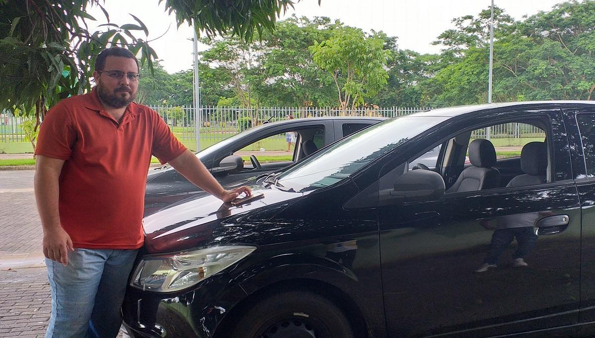 Alexandre Soares Aguiar, motorista de aplicativo sentiu redução de 70% nas corridas | Credito: Ananda Soares