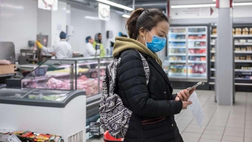 Pandemia deixou 300 mil infectados e matou mais de 10 mil pessoas