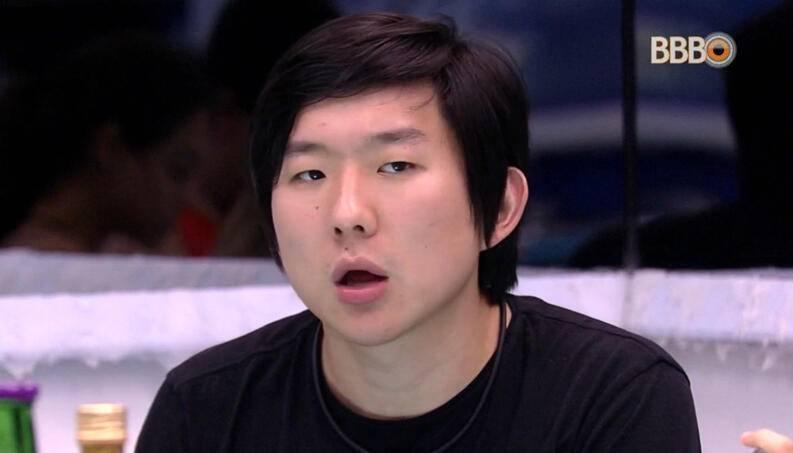 """Pyong Lee vai depor sobre assédios: """"Errei e não vou esconder""""  - Imagem 1"""