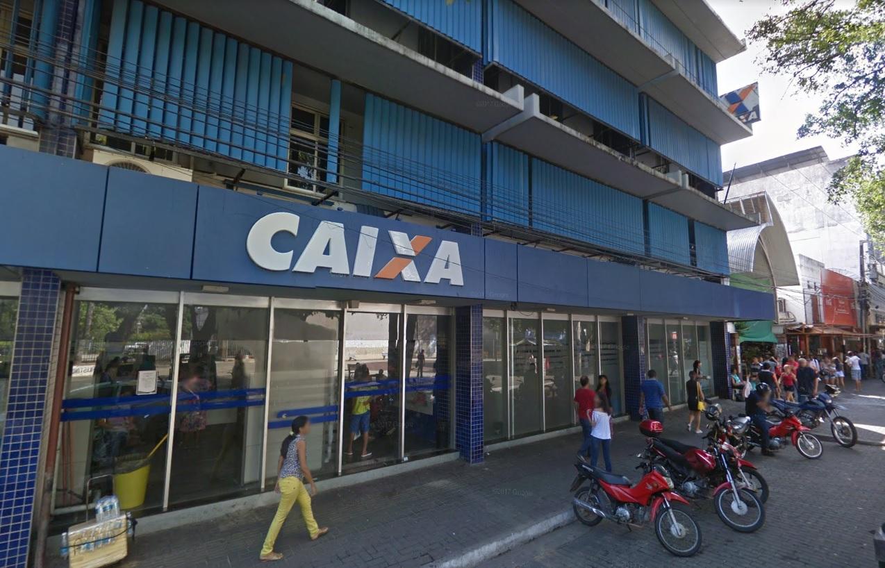 Agência da Caixa na Paraça Rio Brano também terá redução de horário. Foto: Reprodução/Street View
