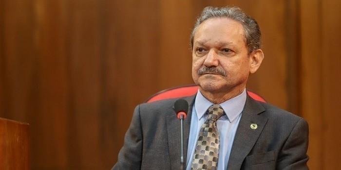Wilson Brandão destina emendas parlamentar para hospitais do Piauí