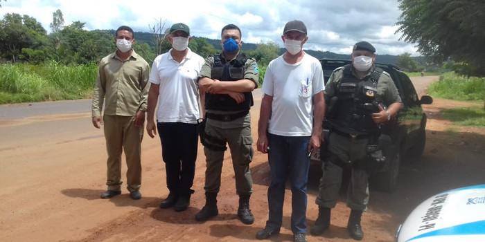 Equipes de saúde visitam  comunidades, povoados e montam barreiras
