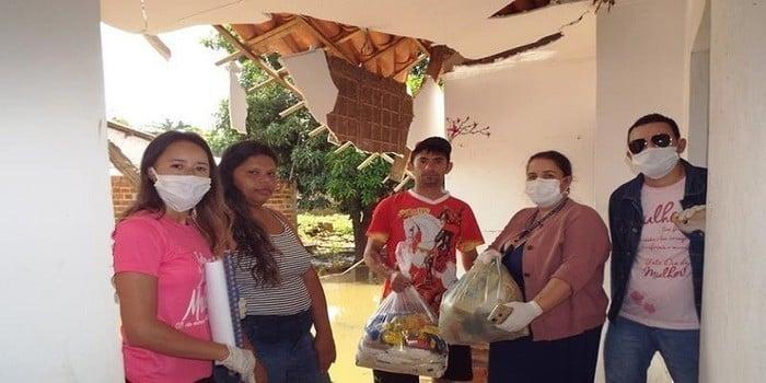 Município faz entrega de cestas de alimentos, roupas, e colchões as famílias dos Bairros Barragem e Cristo Rei