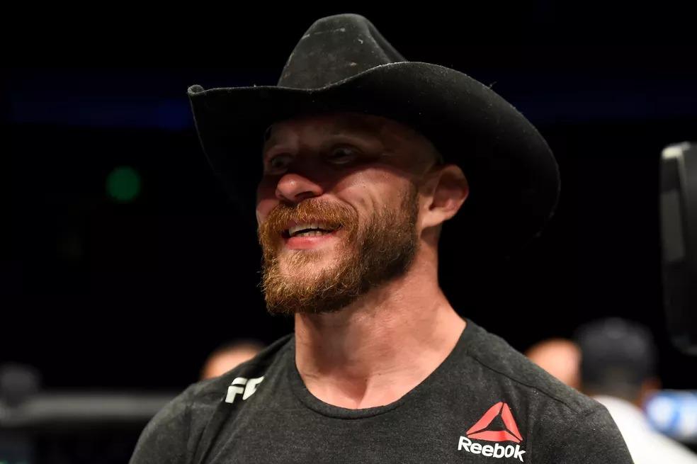 Donald Cerrone, desde 2011 no UFC, já soma 23 vitórias na organização — Foto: Josh Hedges/Getty Images