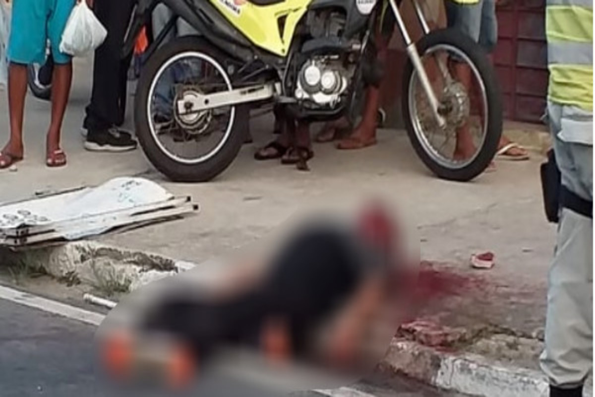 Resultado de imagem para Após assaltar e matar ambulante, suspeito é apedrejado até a morte