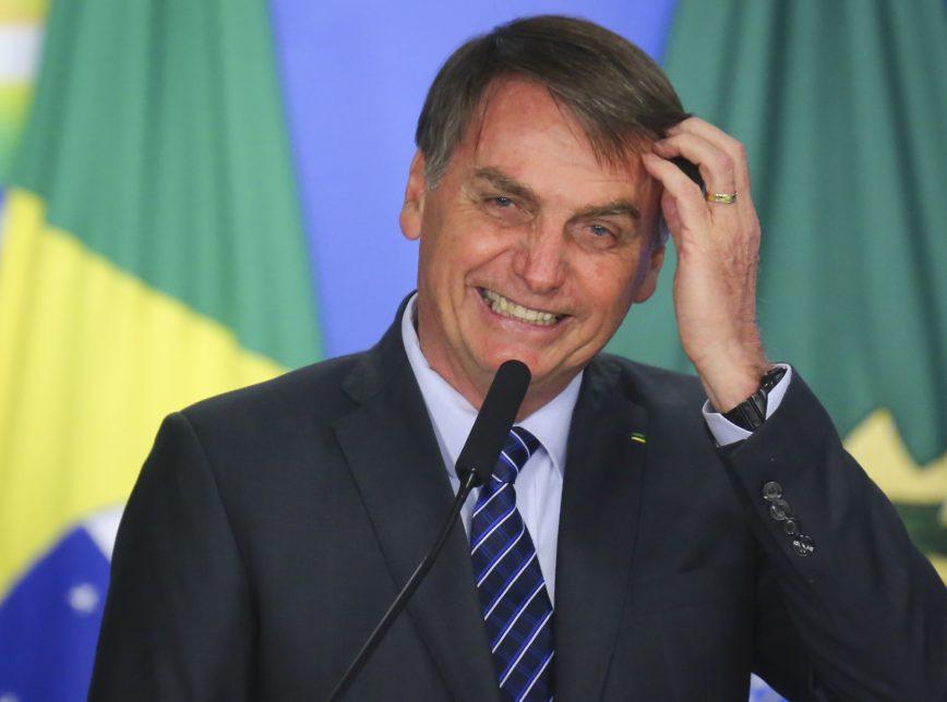 Com vetos, Bolsonaro sanciona auxílio de R$ 600 mensais para informais - Imagem 1