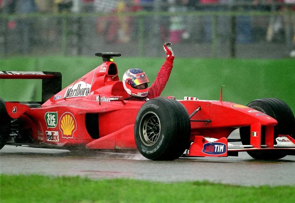 Rubens Barrichello comemora primeira vitória na Fórmula 1, no GP da Alemanha de 2000 — Foto: Getty Images