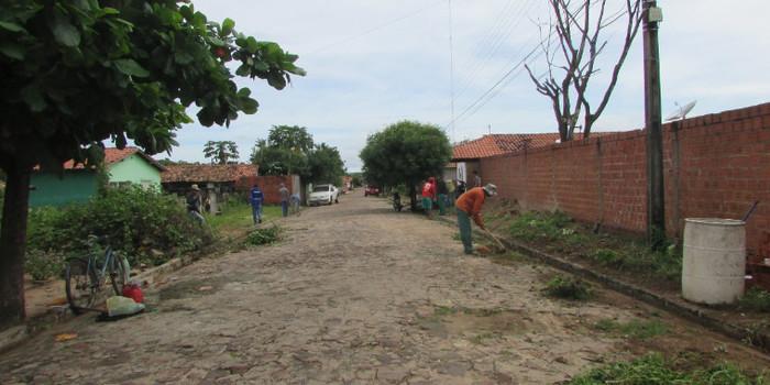 Ruas de São João da Serra passam por limpeza