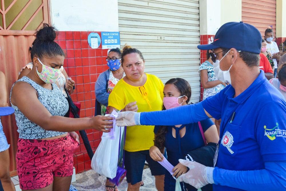 SMS de Joaquim Pires distribui máscaras e álcool em gel - Imagem 4