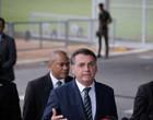 Jair Bolsonaro diz que lei lhe garante direito de não mostrar exames