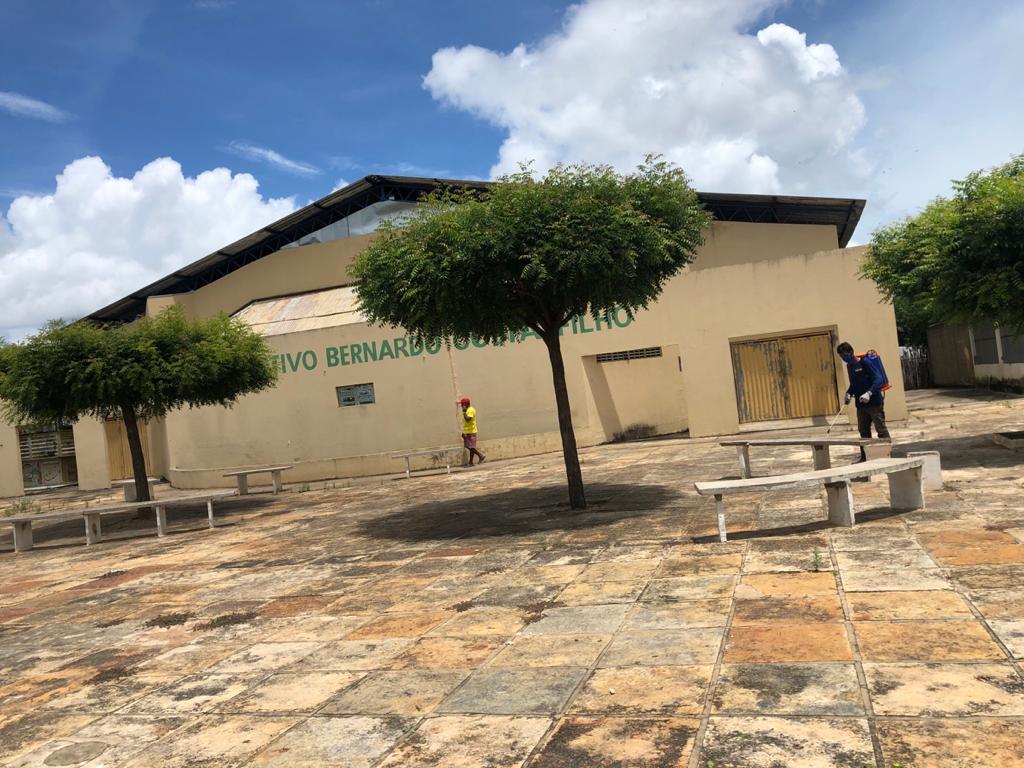 Prefeitura de Joaquim Pires realiza sanitarização em locais públicos - Imagem 16