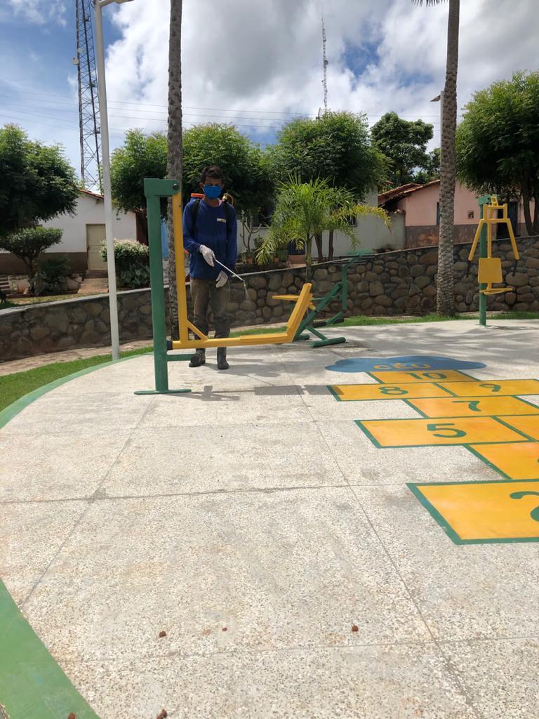 Prefeitura de Joaquim Pires realiza sanitarização em locais públicos - Imagem 15