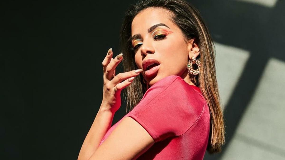 Fugindo de polêmicas, Anitta decide não fazer show em live na web - Imagem 1