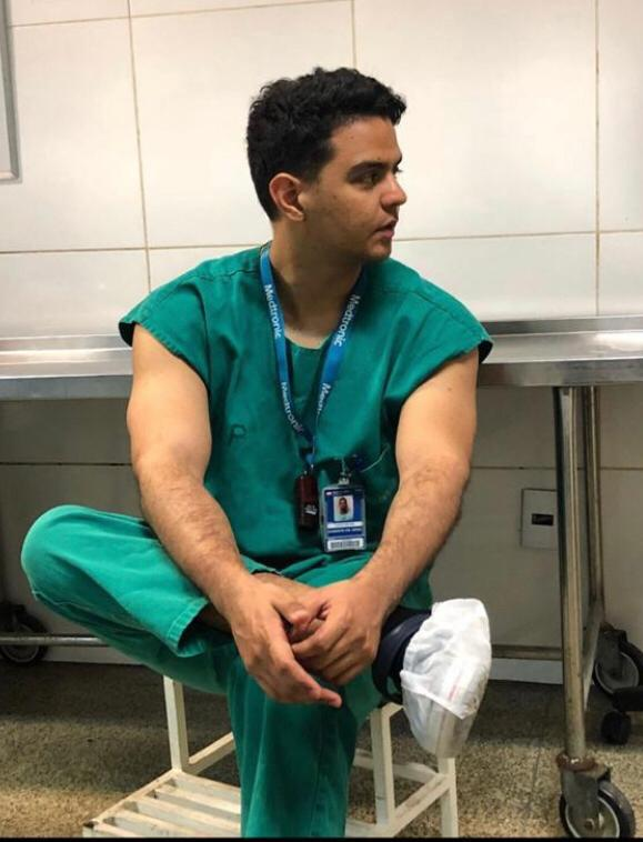 Carlo Victor Rodrigues é um dos médicos de Teresina que foi até Sobral buscar o paciente infectado
