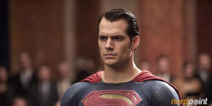 Henry Cavill em negociações para reprisar papel de Superman