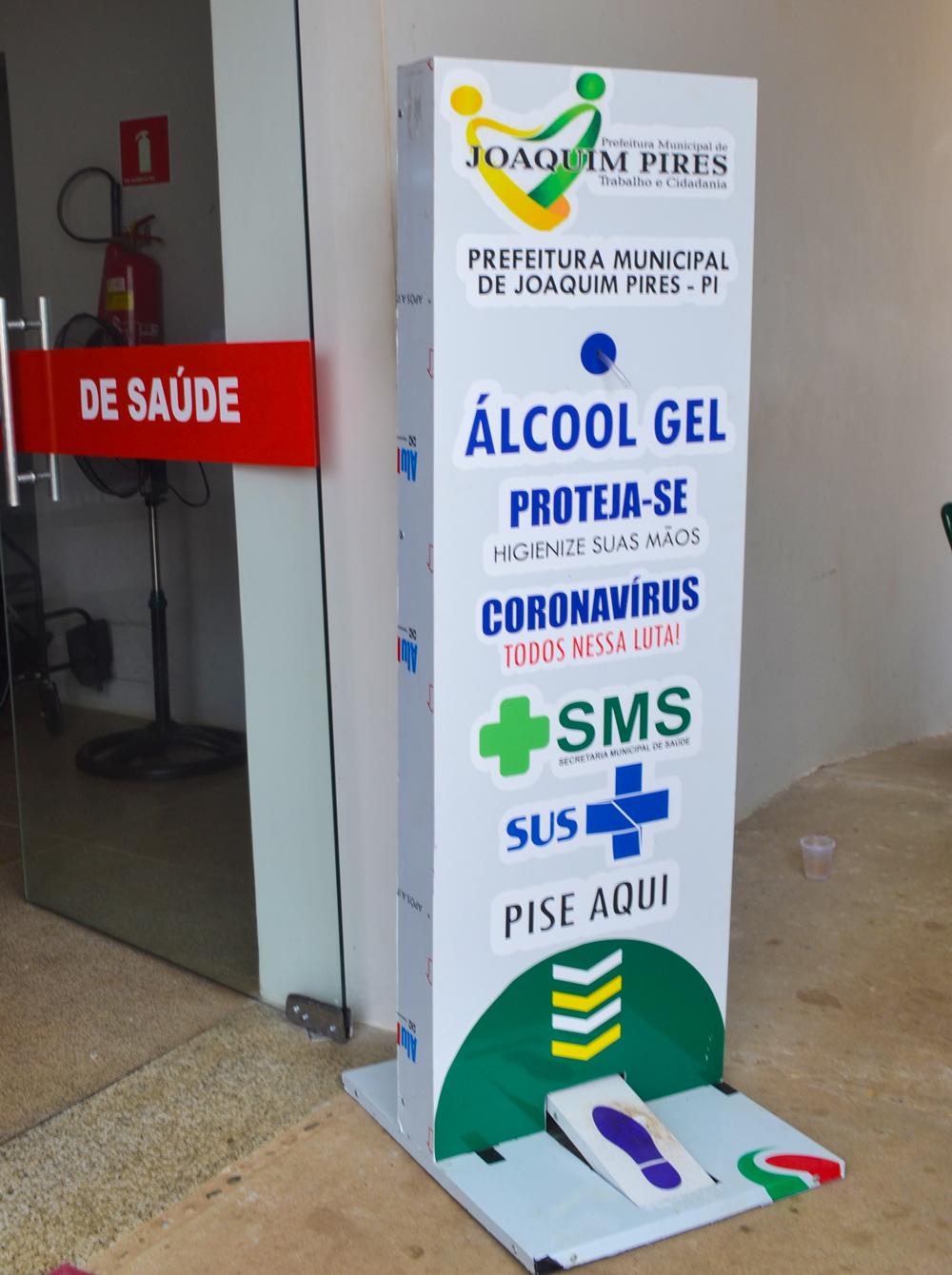 Prefeitura de Joaquim Pires adquire dispensadores com álcool em gel - Imagem 3