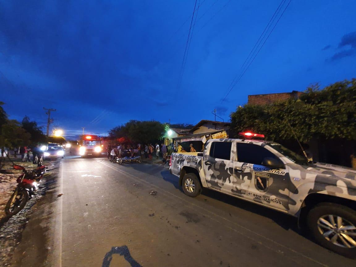 Acidente entre motocicletas deixa duas pessoas feridas em Jaicós - Imagem 2