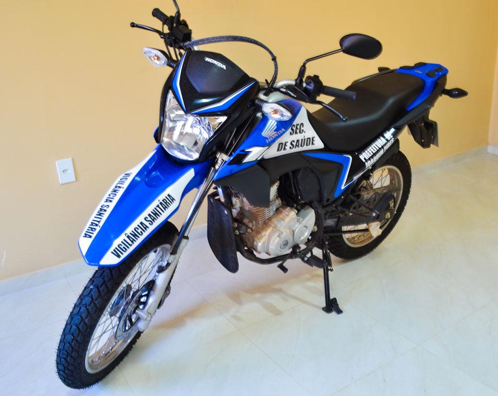 Prefeitura de Joaquim Pires realiza a entrega da segunda motocicleta - Imagem 3