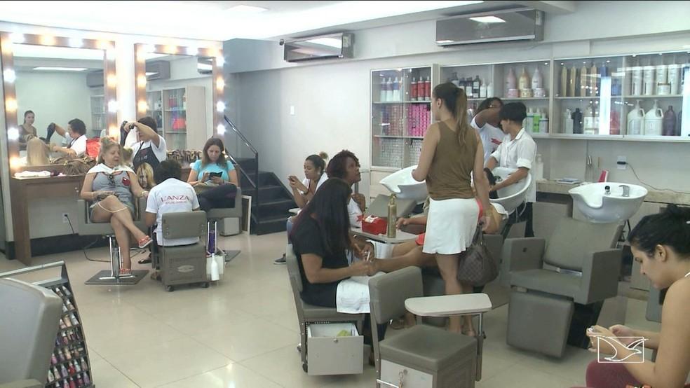 Salões de beleza poderão reabrir a partir do dia 1º de junho no Maranhão