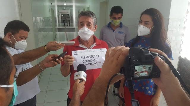 Primeiros pacientes da Covid-19 em hospital de campanha recebem alta - Imagem 1