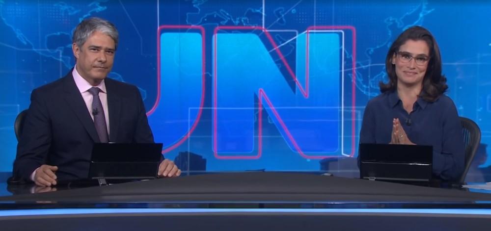 """William Bonner, após invasão à Globo, é afastado do JN:""""Aterrorizado""""  - Imagem 1"""