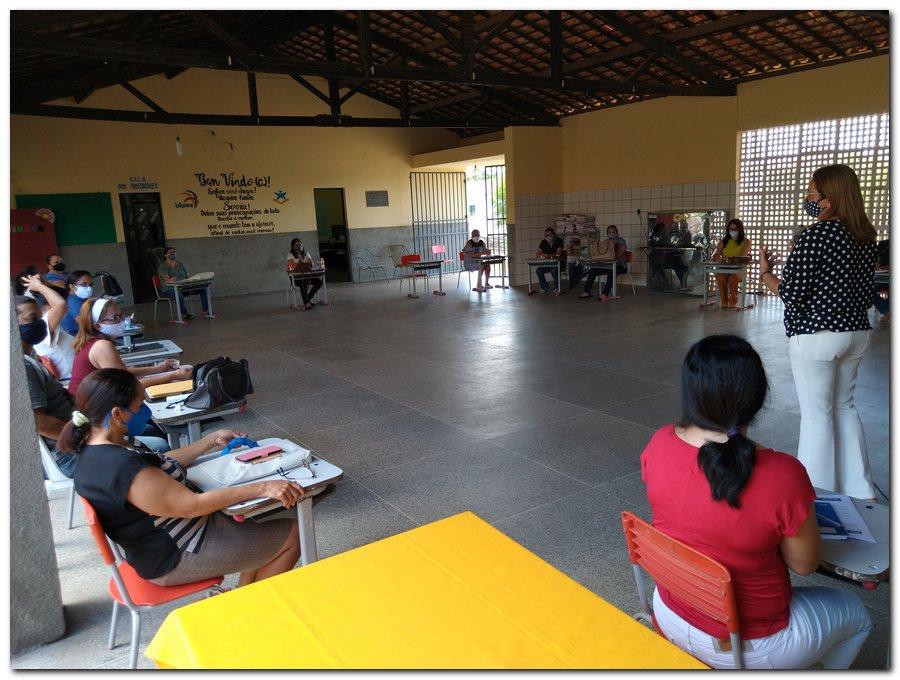 Reunião com a equipe gestora das escolas municipais  - Imagem 8