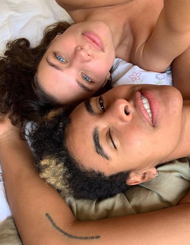Discreta na nova relação, Linzmeyer posa com namorada - Imagem 2