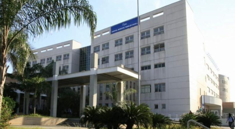 Grupo invade hospital e chuta portas em ala de pacientes com Covid-19 - Imagem 2