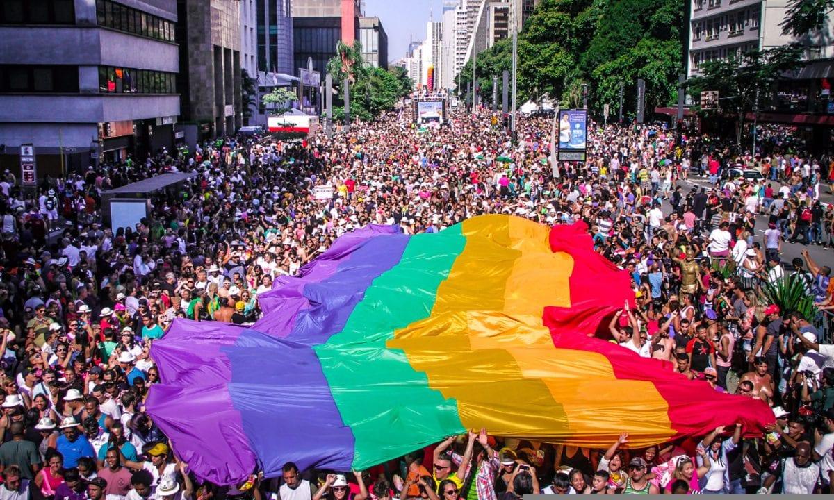 Parada LGBT de SP terá programação virtual e luzes na Av. Paulista  - Imagem 2