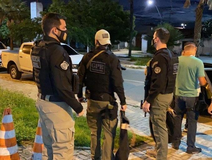 Polícia cumpre 11 mandados de prisão contra acusados de aplicar golpes - Imagem 1