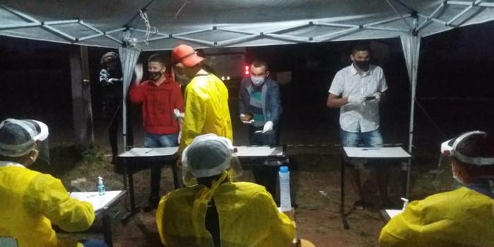 Secretaria de Saúde em blitz sanitária recepciona com monitoramento passageiros que chegaram de São Paulo