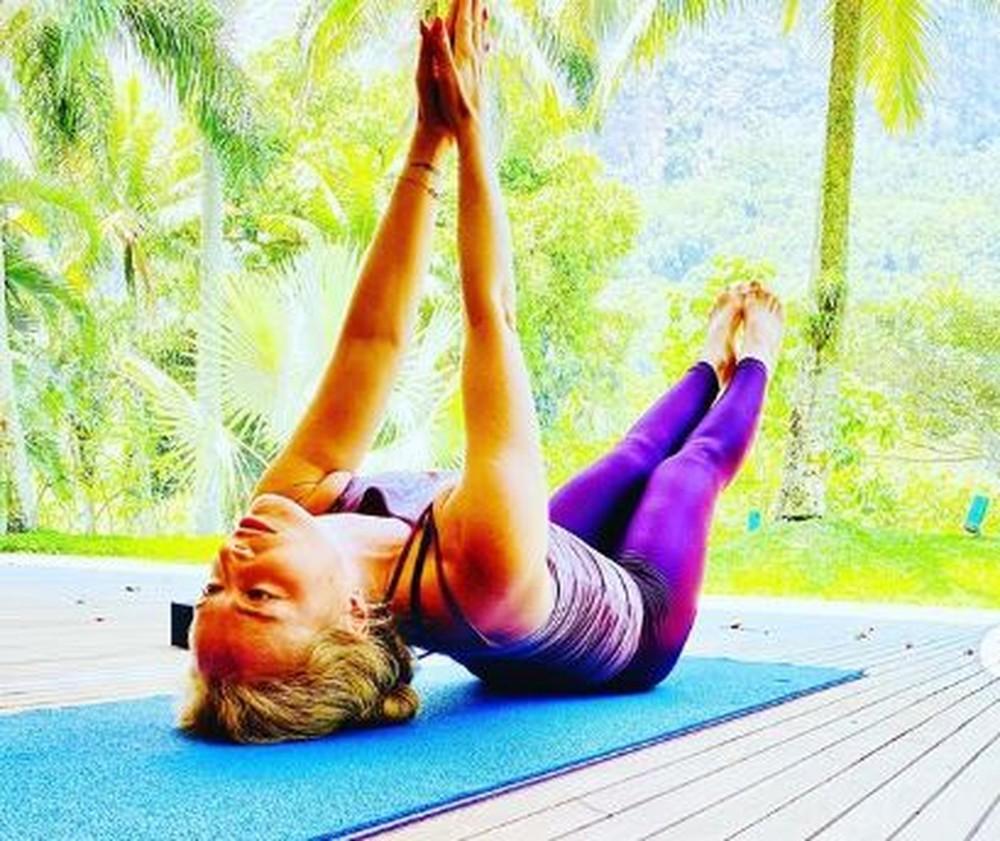 Famosas listam os benefícios com a yoga; veja fotos - Imagem 7