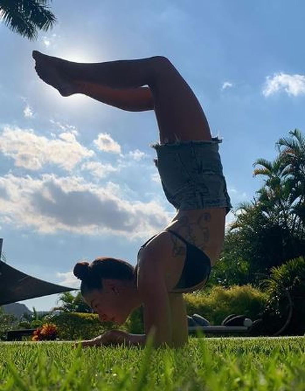 Famosas listam os benefícios com a yoga; veja fotos - Imagem 5