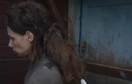 Russa é achada após ficar presa pela mãe e sem banho desde 2006 - Imagem 2