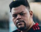 """Babu Santana celebra trabalhos após """"BBB"""": """"Atirando para todos lados"""""""