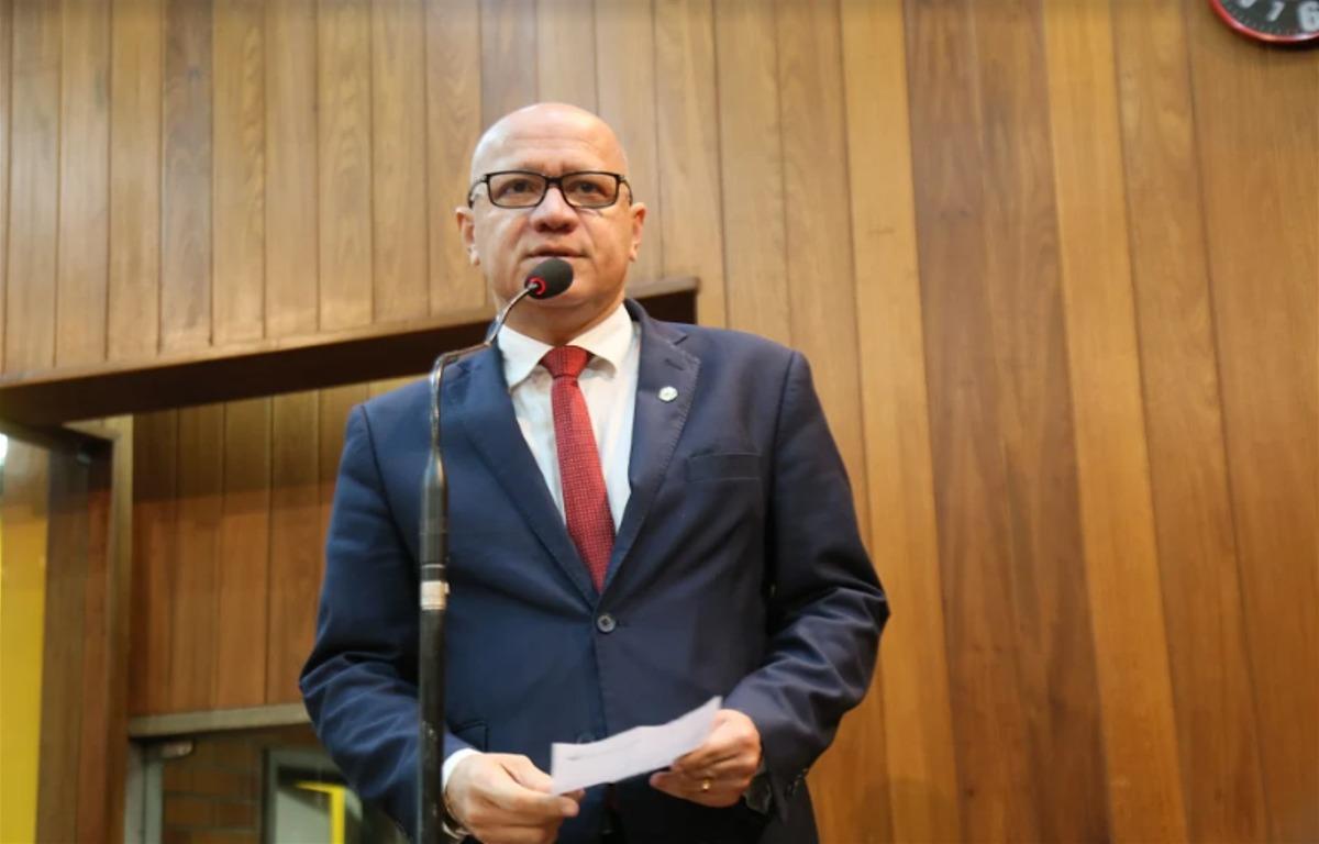 Procurador do Estado, João Batista de Freitas, a CETE