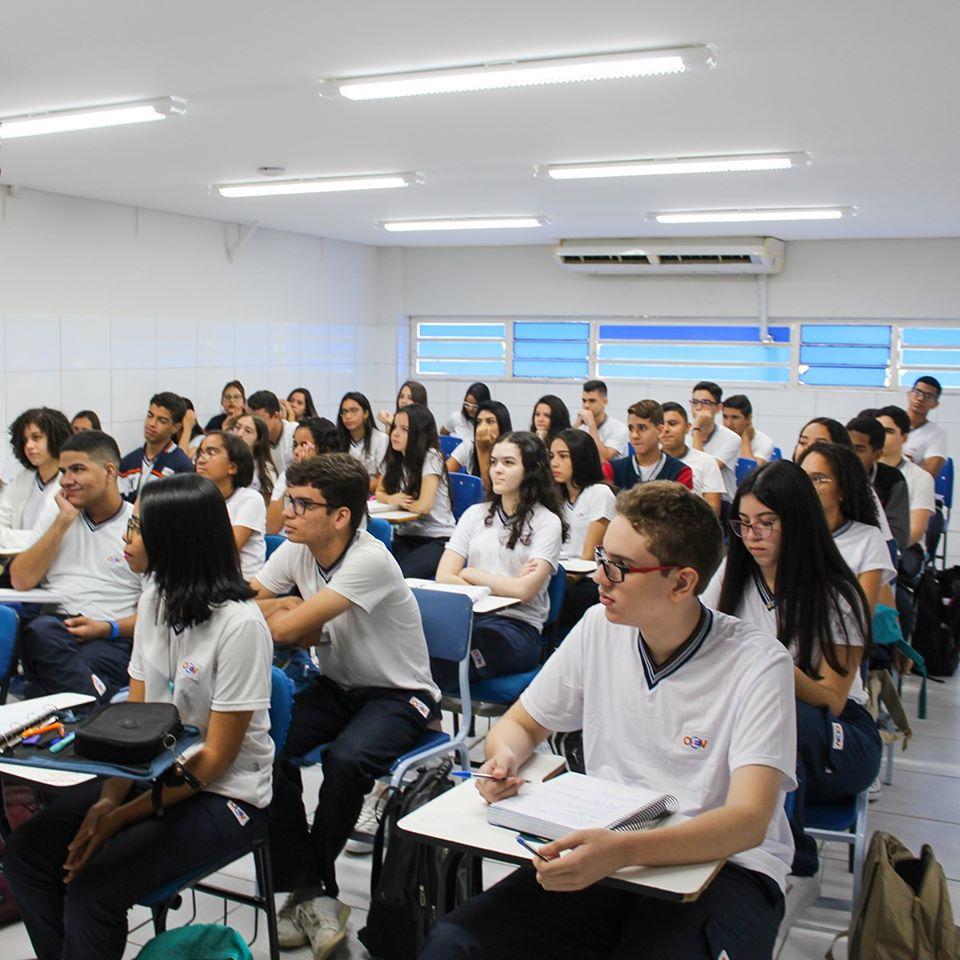 CEV Colégio é segundo lugar entre as melhores médias do Enem 2019 - Imagem 1