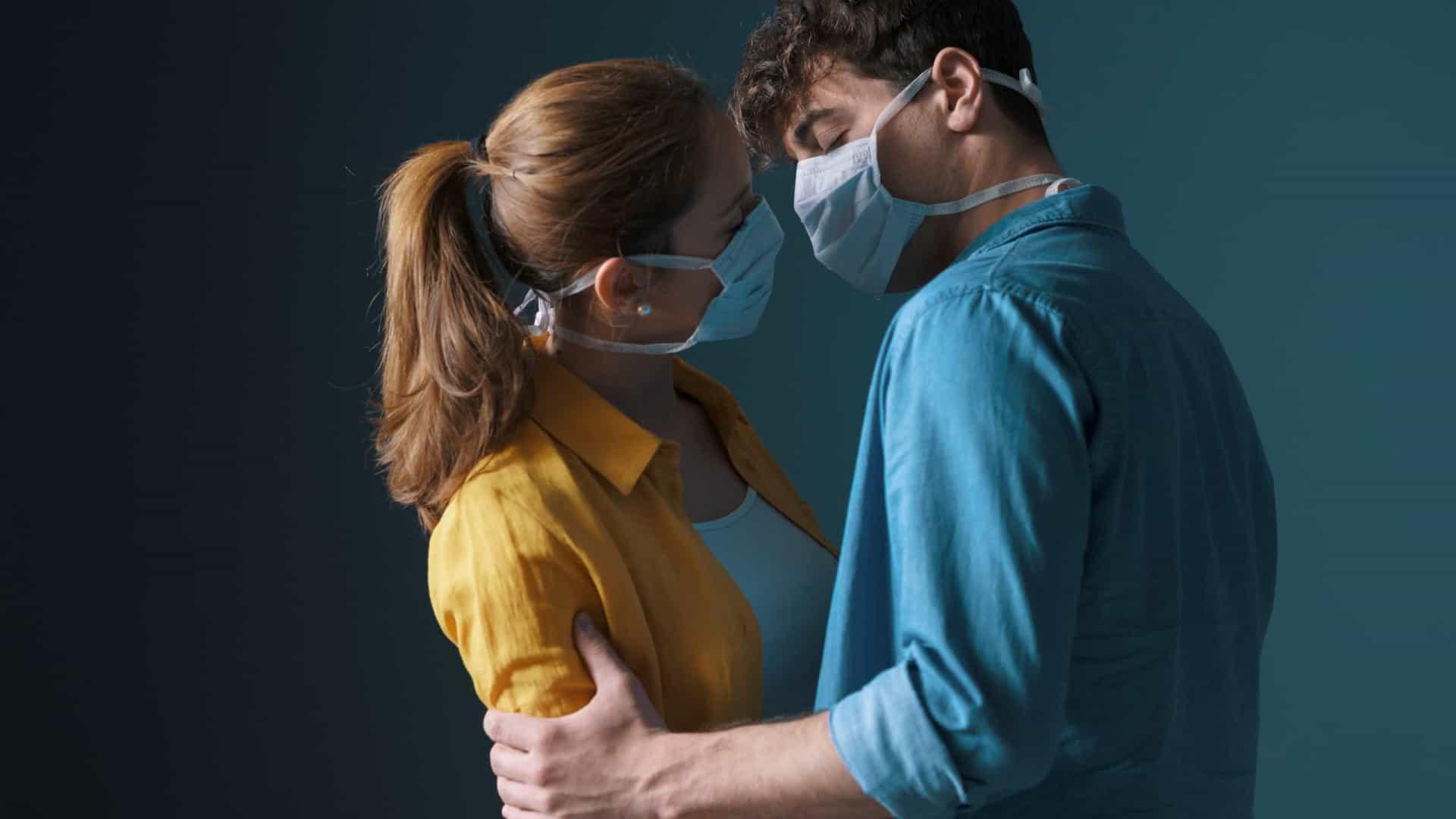 Casais devem usar máscaras durante o sexo, afirma estudo de Harvard - Imagem 1