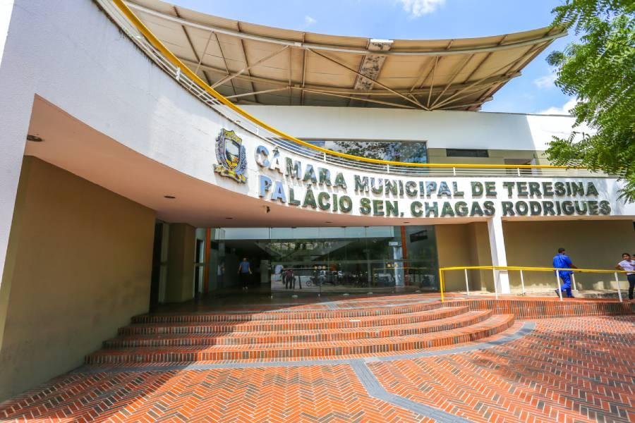 Câmara de Teresina lança edital de concurso com salário de até R$6 mil - Imagem 1